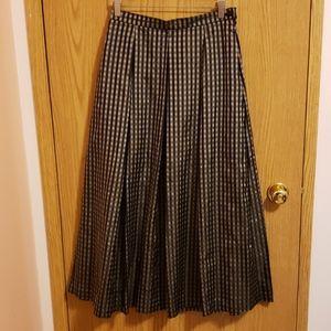 🆕️❄NWOT Nygard Petite Pleated Skirt